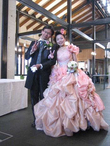 カラードレス ピンク ノーザンホースパーク