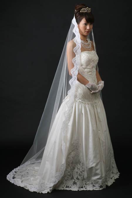 マリアベールとウェディングドレス