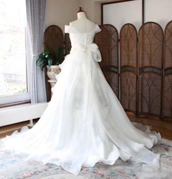 ウェディングドレス リボントレーン シルク