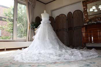 ウェディングドレス ロングトレーン チャペルトレーン