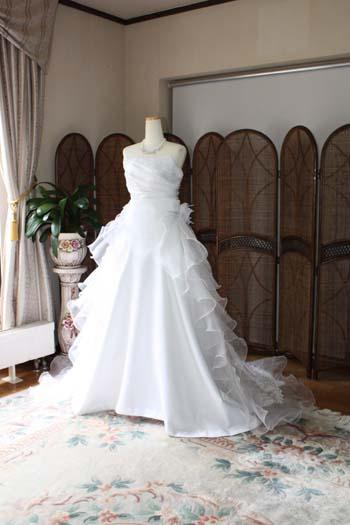 ウェディングドレス オーダー 帯広の花嫁ドレス