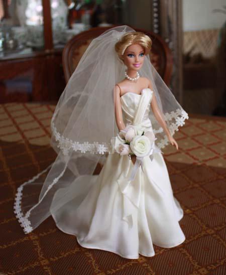 ミニチュア ウェディングドレス 結婚式のディスプレー