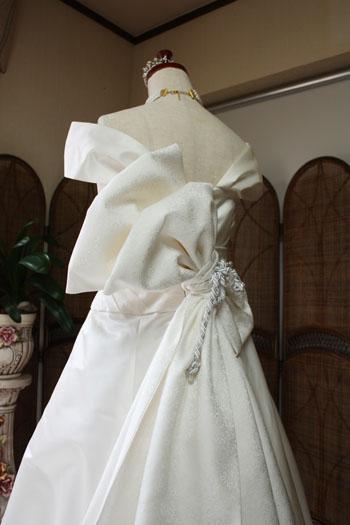 ウェディングドレス 着物 デザイン