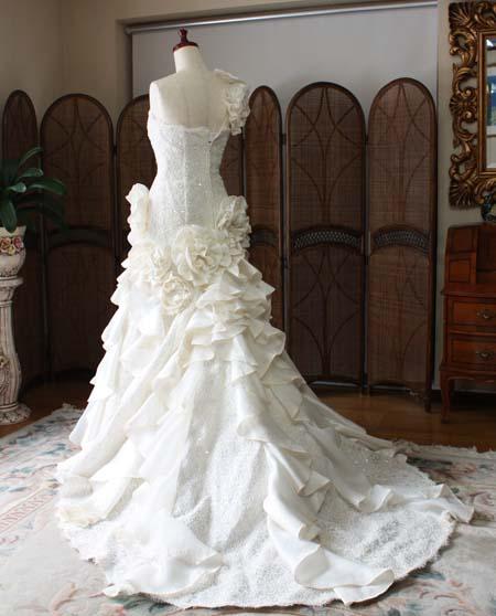 マーメイドラインのウェディングドレス!ゴージャス系人気の