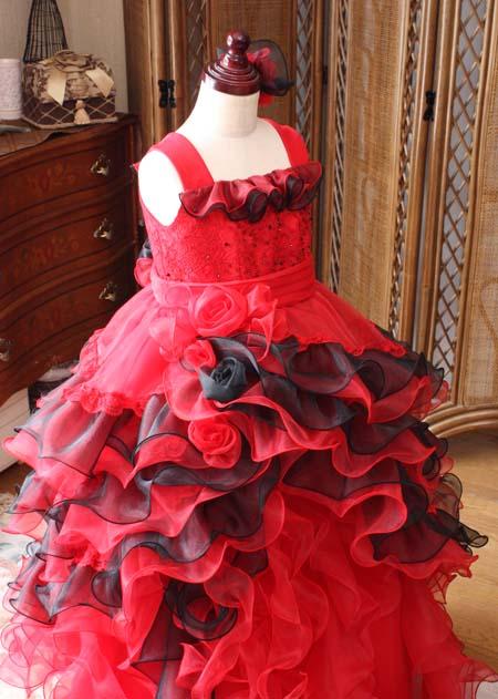 ブラックとレッド構成の子供ドレス
