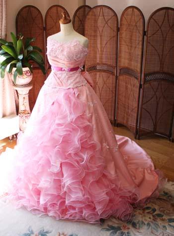 ウェディングドレスをリメイク