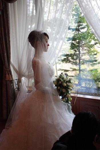メタモールフォーゼの卒業花嫁ドレス