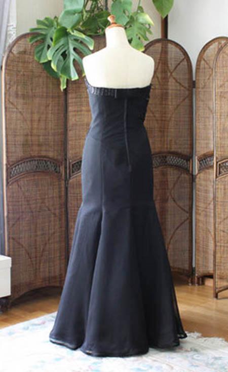 ロングドレス、マーメイドドレスのシルエット