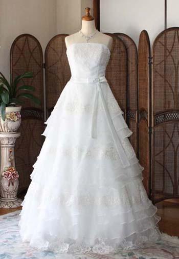 小規模結婚式にオススメのウェディングドレス