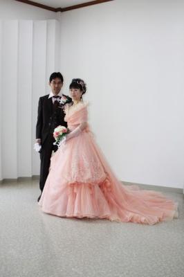 メタモールフォーゼの花嫁様と花婿様のご紹介。結婚式前撮り