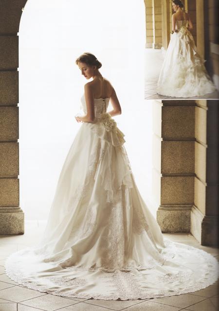 ダントツ人気 ウェディングドレスのバックスタイル レンタル