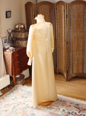 ビンテージドレス シンプルなスレンダードレス