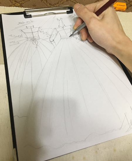 クラシックスタイル ウェディングドレス デザイン