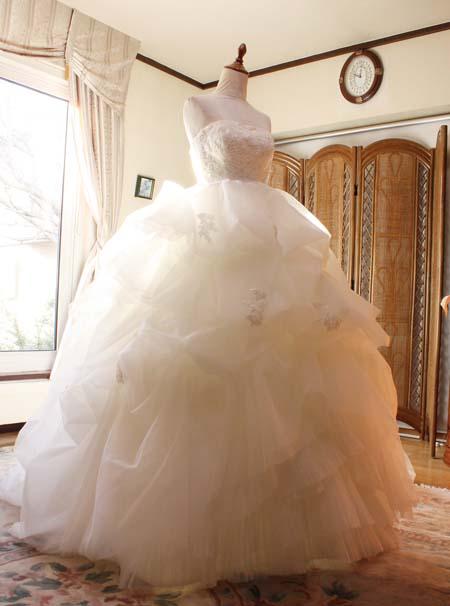 ウェディングドレスのサイズお直し