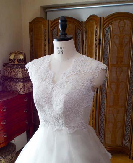 ウェディングドレスの上半身デコルテ オーダーメイドドレス