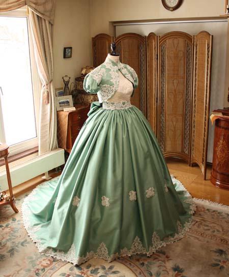 カクテルドレス お色直しドレス アンティーク調のデザイン