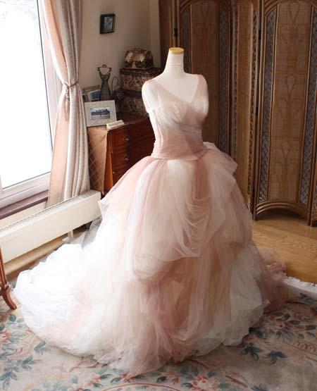 ウェディングドレスの修正