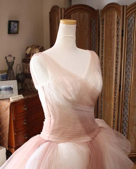 ウェディングドレスのバスト周りのお直し