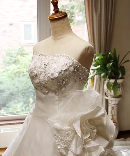 プリンセスラインのウェディングドレス ハンドメイド