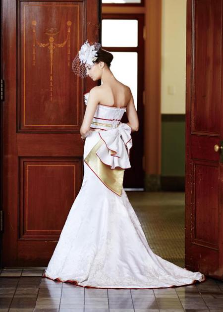 バックスタイルシルエット マーメイド ウェディングドレス
