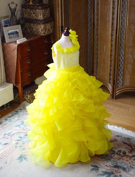 黄色のピアノのコンサートドレス 子供用サイズドレス
