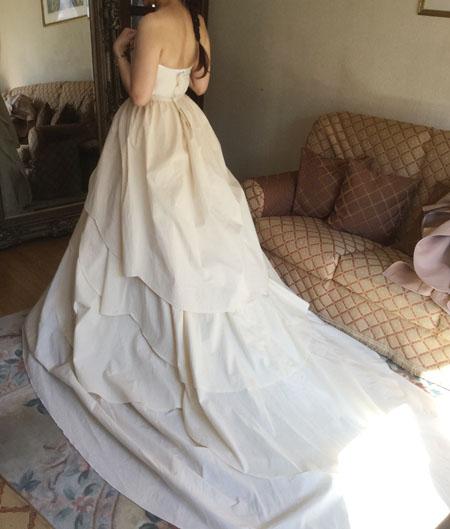 札幌市内にお住いの花嫁様のウェディングドレスの仮縫い