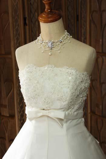 花嫁様理想のビスチェスタイルドレス