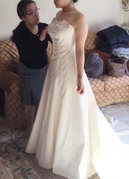 ウェディングドレスの仮縫い フルオーダーメイドウェディングドレス製作。