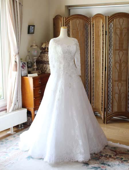 ロングスリーブのウェディングドレス