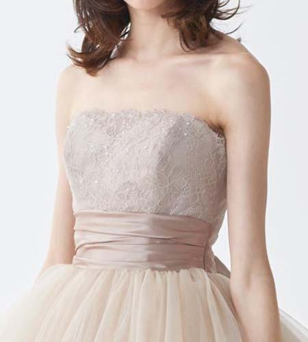 ビスチェスタイルのドレス