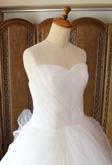 ウェディングドレスののサイズ直しとシルエットの修正
