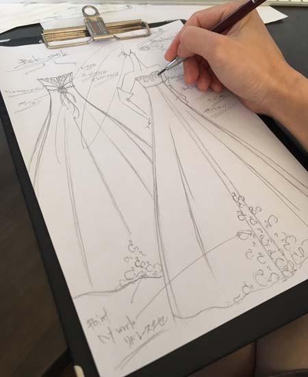 お客様にデザインされたオーダーメイドウェディングドレス 北海道函館市