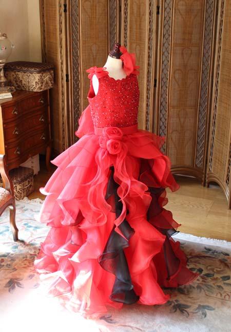 レッドのジュニアドレス