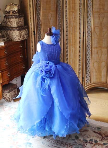 ブルーのジュニアサイズドレス ピアノ用ドレス