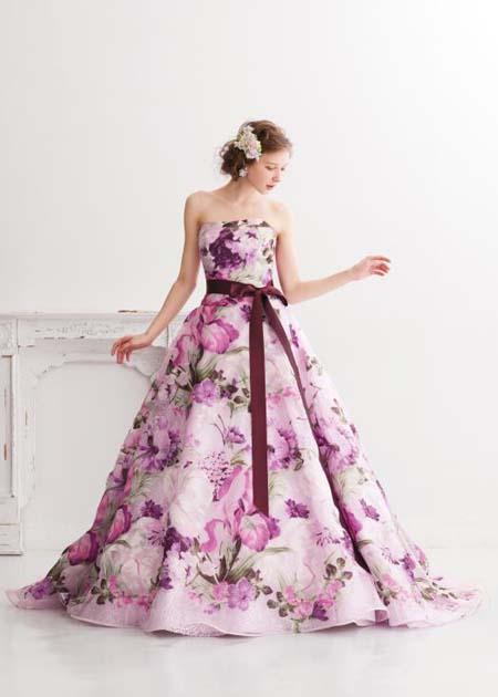 ピンク系パープルの結婚式のお色直しカラードレス