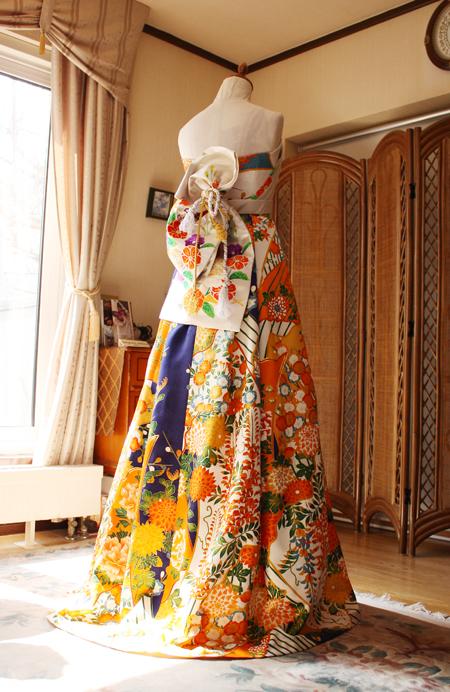 スカートデザインと構成 カラーと柄の配色