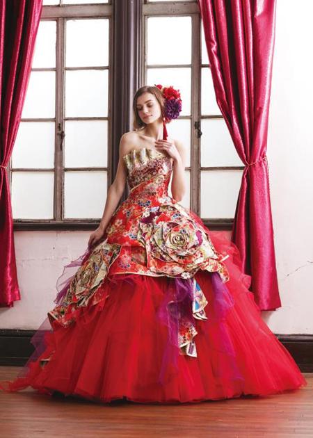 レッドの着物ドレス お色直しカラードレス