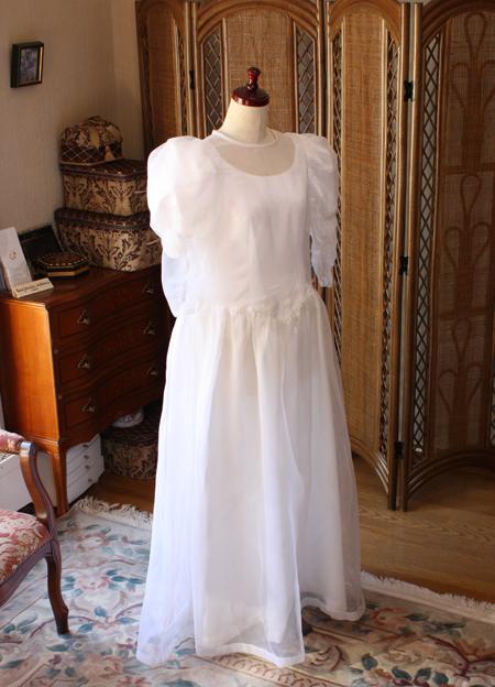 お持ち込み頂いたデザイン前のウェディングドレス