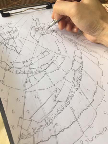 子供用ウェディングドレスの製作とデザイン画の立案