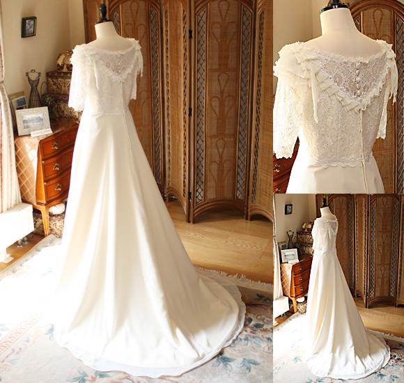 繊細な背中のデザインを施したウェディングドレス