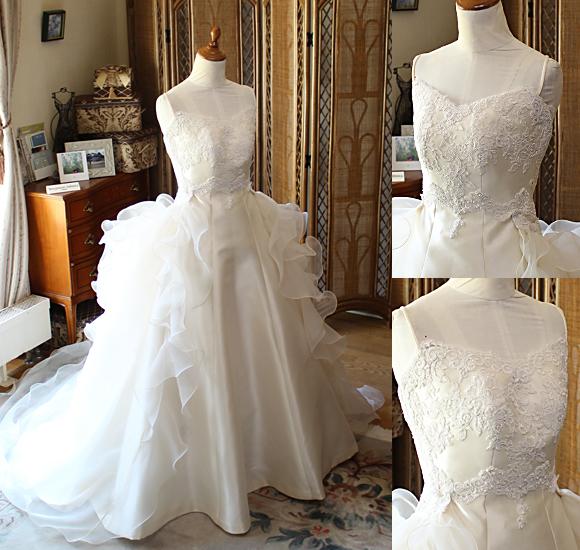 ミカドとオーガンジーのスレンダーウェディングドレス オーバースカートデザイン