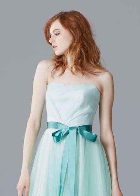 上半身デザイン カラードレス