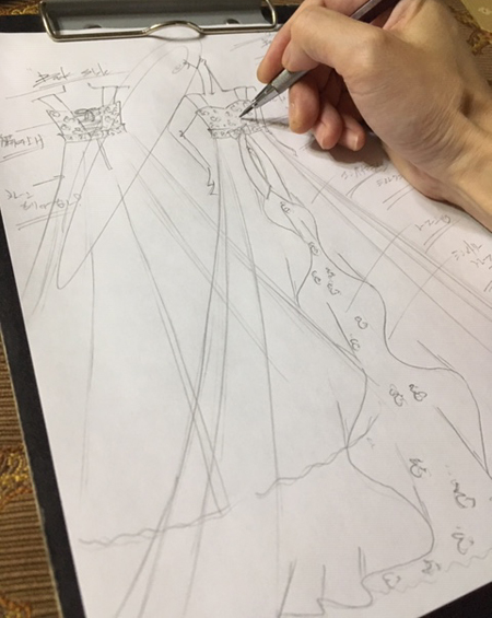 オーダーメイドドレスのデザイン画