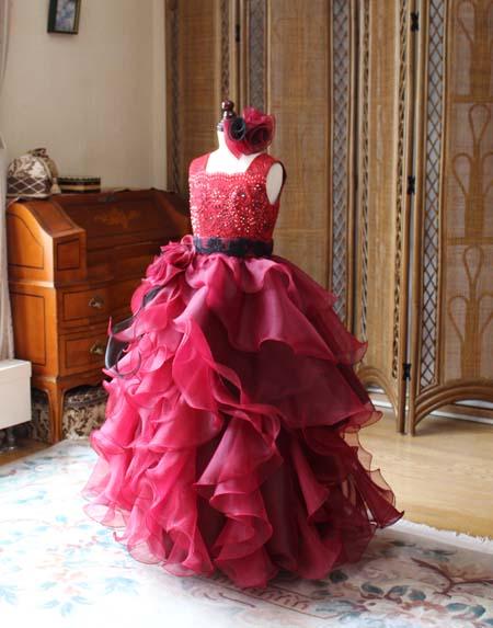 ピアノの演奏者用デザイン ジュニアドレス