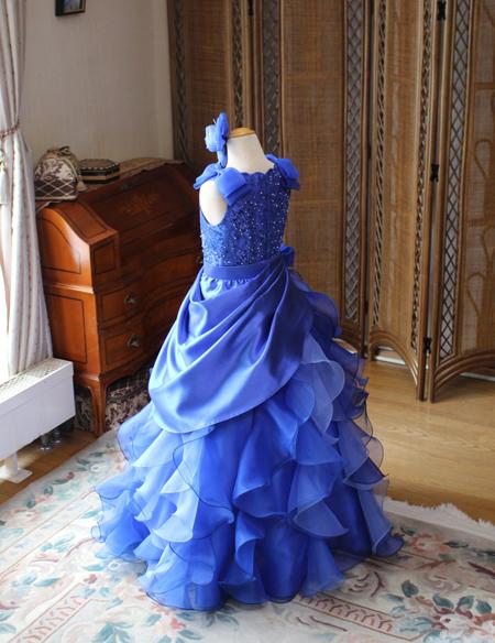 ドレスのデザイン オーダーメイド製作