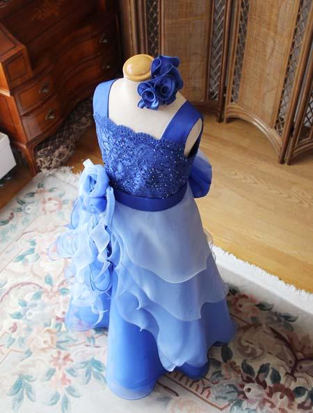 ドレスの詳細とディテールデザイン