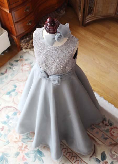 立体感のあるジュニアドレス 子供用オーダーメイドドレス