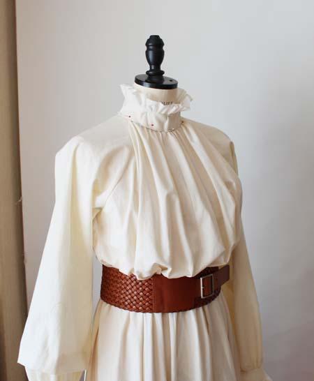 今回制作するレセプションやパーティーで着るドレス
