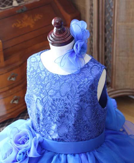 リボンの髪飾り ドレスに合わせた構成