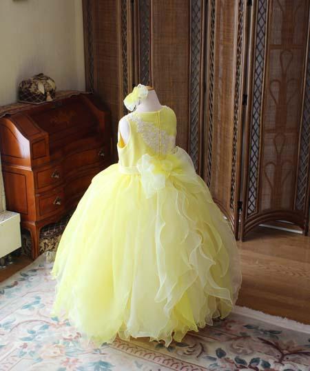 キュートなリボン 子供用ドレスのデザイン